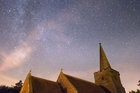 Echo Shooting Star and Milky Way by John Wynn  Shuttersphere