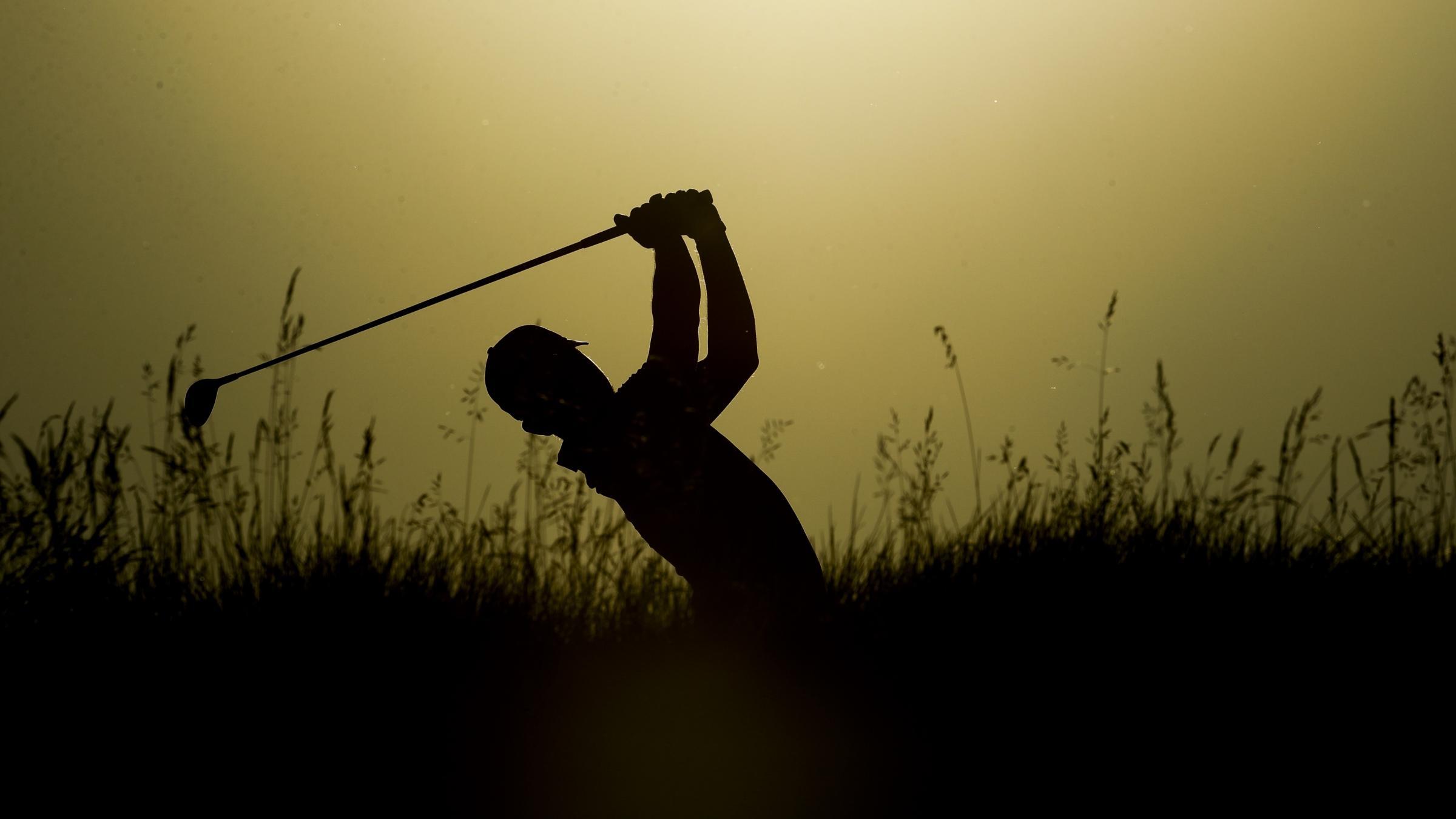 Blimp crashes at US Open golf tourney